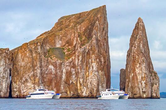 Catamarans Archipel Safely Galapagos Islands Ecuador