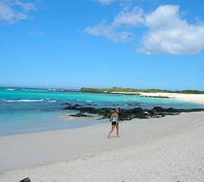 Las bachas beach Archipel ATC Cruises Galapagos Islands Ecuador