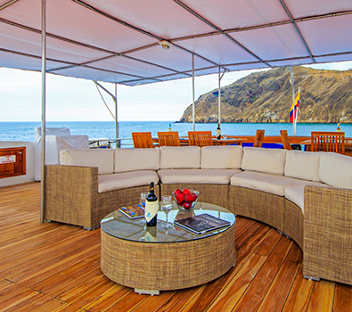 Archipel Galapagos Islands leisure Atc Cruises for travellers